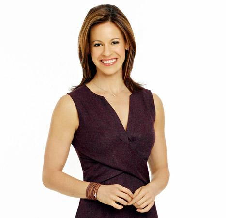"""Jenna Wolfe Reveals Pregnancy Cravings, Says She's Now """"Dumber Than a 5th Grader"""""""