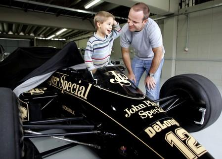Motor racing: Young Barrichello has passion but must prove talent