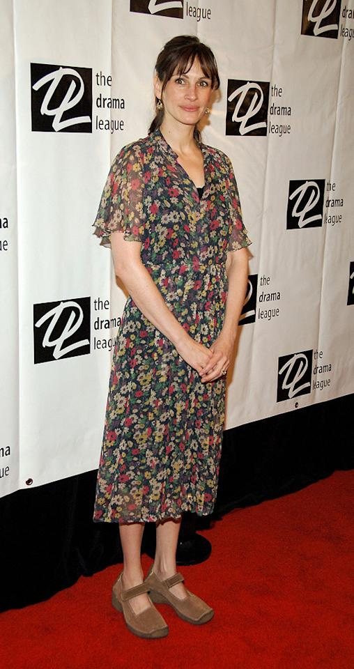 2. 72nd Annual Drama League Awards (2006)   You may be able get past her greasy mane and floral faux pas of a dress (and, I won't blame you if you can't), but you certainly won't be able to stomach the orthopedic, Velcro-strapped shoes she unsuccessfully attempted to rock in '06.