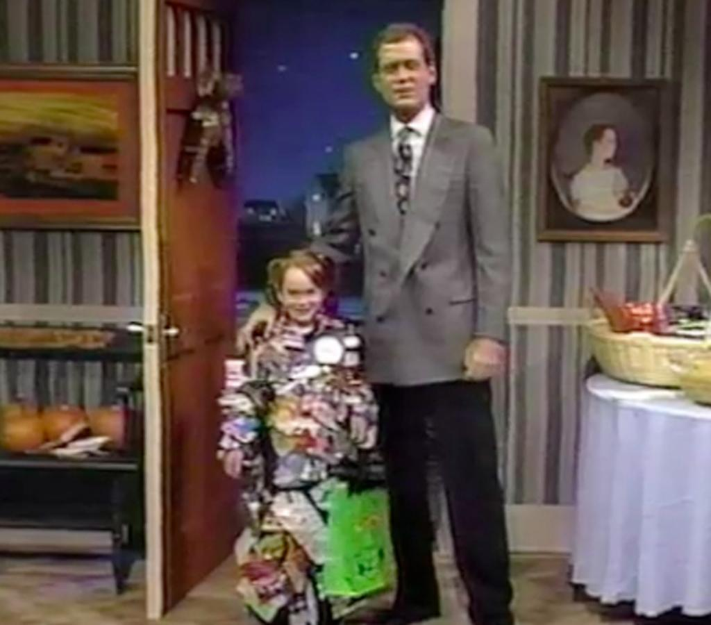 "HIGH: 'Late Night With David Letterman' Appearance (1992( Lindsay Lohan made her TV debut in a Halloween bit on ""Late Night With David Letterman"" in 1992 at the age of 6. The bright-eyed, young redhead (sporting pigtails!) charmed both Letterman and the audience in her ""trashy"" costume that was supposed to represent ""stuff found on the floor of the D train."" Who knew the adorable little girl wearing the disguise would grow up to be a talented-yet-troubled movie star?"