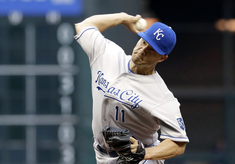 Homer by Moustakas lifts Royals over Astros 6-4