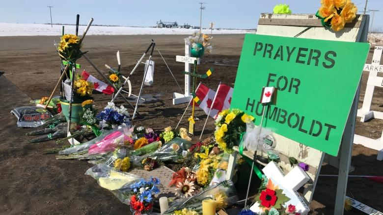 Printer hands over $300K cheque from sales of thousands of Humboldt Strong T-shirts