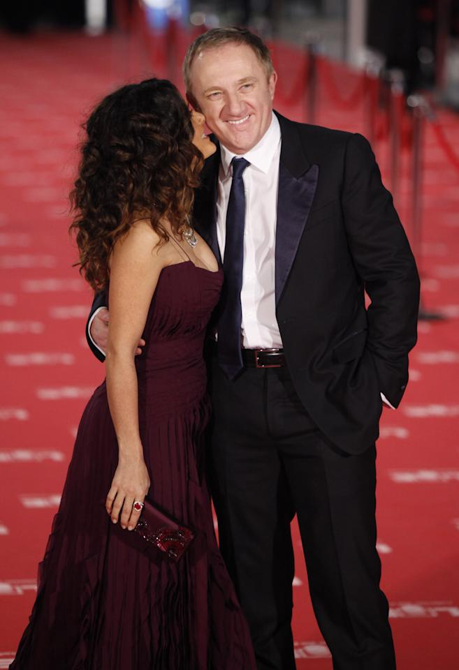 MADRID, SPAIN - FEBRUARY 19:  Salma Hayek and Francois-Henri Pinault arrive to Goya Cinema Awards 2012 ceremony, at the Palacio Municipal de Congresos on February 19, 2012 in Madrid, Spain.  (Photo by Pablo Blazquez Dominguez/Getty Images)