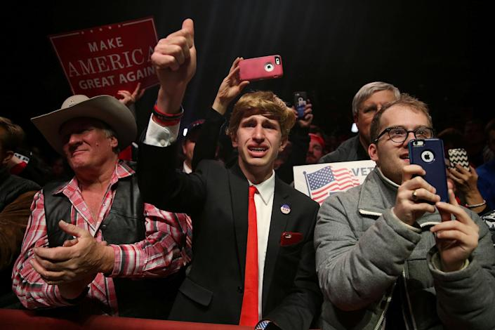 <p>Supporters cheer during a campaign rally by Republican presidential nominee Donald Trump in Manchester, N.H., on Nov. 7, 2016. (Photo: Carlo Allegri/Reuters) </p>