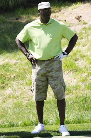 dda385f288a Michael Jordan ruffles some feathers by wearing cargo pants during round at  high-end club
