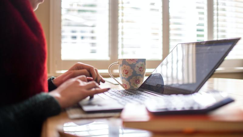 Nine out of 10 want to continue working from home, report says
