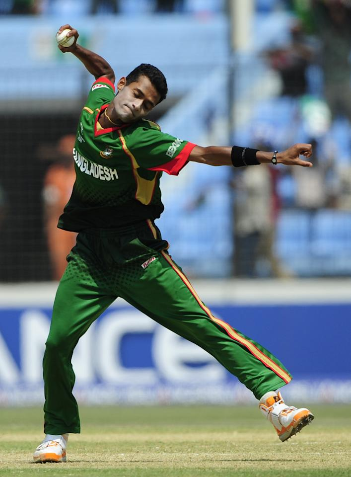 Bangladeshi bowler Shafiul Islam reacts after the dismissal of the unseen Netherlands batsman Adeel Raja during the Cricket World Cup tournament match between Bangladesh and The Netherlands at Zahur Ahmed Chowdhury Stadium in Chittagong on March 14, 2011. AFP PHOTO/Munir uz ZAMAN (Photo credit should read MUNIR UZ ZAMAN/AFP/Getty Images)