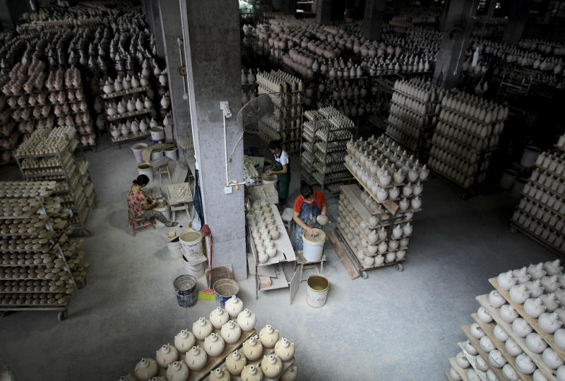 Survey shows China manufacturing at 11-month low