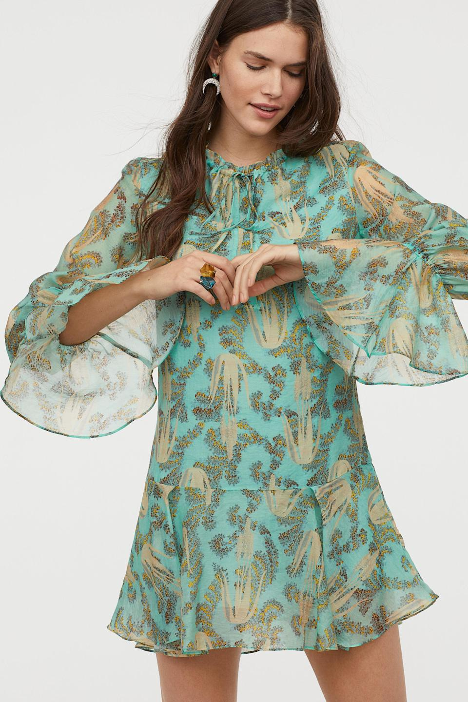 """<h3>H&M</h3><br><br>All eyes are on H&M right now — as one of the biggest clothing retailers in the world, its efforts in sustainability have the potential to be significant. So far, we like what we're seeing: this season's <a href=""""https://www.refinery29.com/en-us/2019/04/229508/hm-conscious-collection-spring-2019"""" rel=""""nofollow noopener"""" target=""""_blank"""" data-ylk=""""slk:Conscious"""" class=""""link rapid-noclick-resp"""">Conscious</a> collection was replete with airy separates in a host of environmentally-friendly fabrics, including (but not limited to) recycled polyester, lyocell, and Piñatex, a leather alternative made from pineapple-leaf fibers. We've also been reading about its efforts to test out the secondhand market with an & Other Stories-dedicated shop on the Swedish resale site (and H&M investee) <a href=""""https://www.sellpy.se/"""" rel=""""nofollow noopener"""" target=""""_blank"""" data-ylk=""""slk:Sellpy"""" class=""""link rapid-noclick-resp"""">Sellpy</a>. Don't forget: H&M also offers <a href=""""https://www.refinery29.com/en-us/retailers-recycle-clothing#slide-1"""" rel=""""nofollow noopener"""" target=""""_blank"""" data-ylk=""""slk:in-store textile recycling"""" class=""""link rapid-noclick-resp"""">in-store textile recycling</a> at all of their retail locations.<br><br><strong>H&M Conscious</strong> Lyocell-blend Dress, $, available at <a href=""""https://go.skimresources.com/?id=30283X879131&url=https%3A%2F%2Fwww2.hm.com%2Fen_us%2Fproductpage.0737621003.html"""" rel=""""nofollow noopener"""" target=""""_blank"""" data-ylk=""""slk:H&M"""" class=""""link rapid-noclick-resp"""">H&M</a>"""
