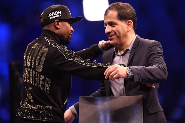 Floyd Mayweather Jr. (L) and Stephen Espinoza have helped grow Showtime's boxing audience. (Getty Images)