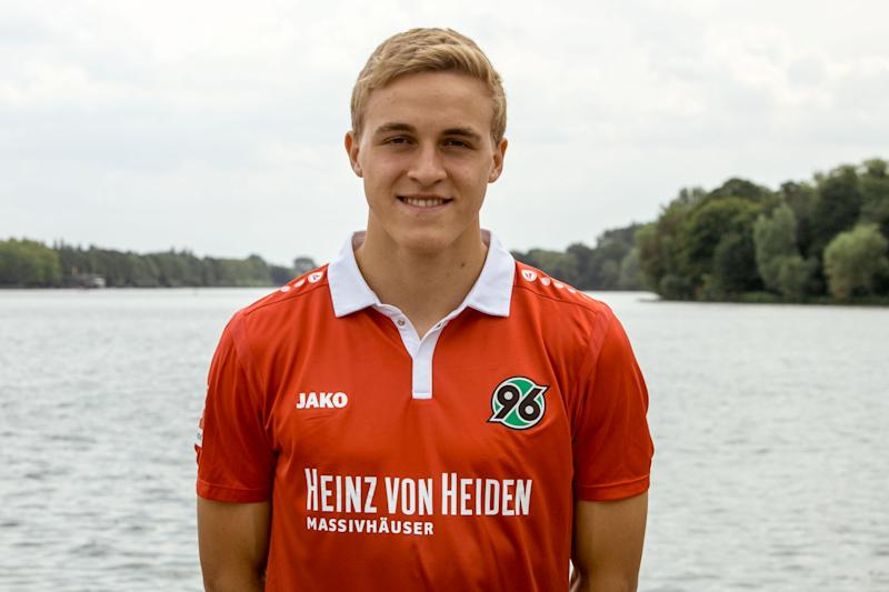 Timo Hübers of German soccer club Hannover 96 has tested positive for COVID-19. (Photo by Rust/ullstein bild via Getty Images)