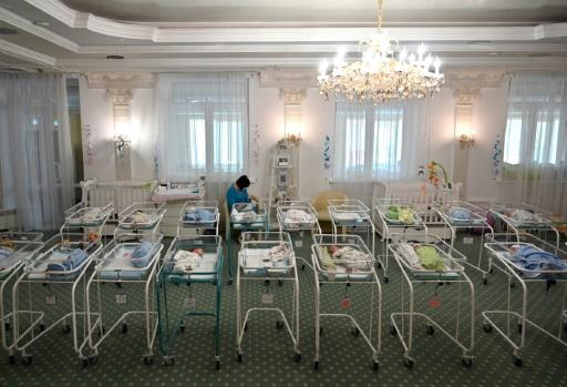 Almost 100 Surrogate Babies Stranded in Ukraine Under COVID-19 Lockdown