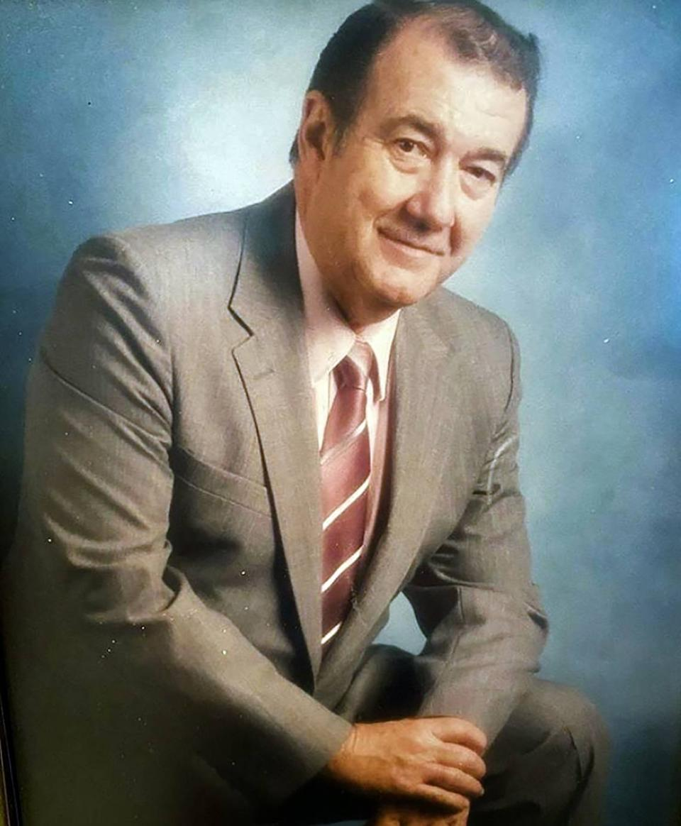 Dr. Jorge A. Vallejo, a Hialeah OB-GYN from Cuba, died of COVID-19 last month. He was 89.