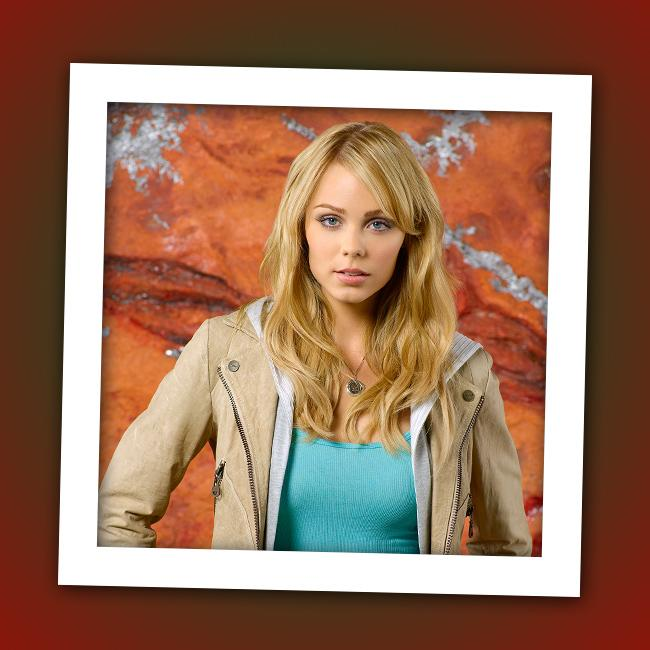 """It's Laura Vandervoort, who play extraterrestrial Lisa on ABC's sci-fi drama """"<a href=""""http://tv.yahoo.com/v/show/44786"""" rel=""""nofollow"""">V</a>."""""""