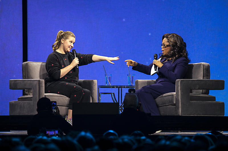 Oprah Winfrey and Amy Schumer shared their failed seduction stories during Oprah's 2020 Vision tour last Saturday. (Photo: Jeff Hahne/Getty Images for Oprah)