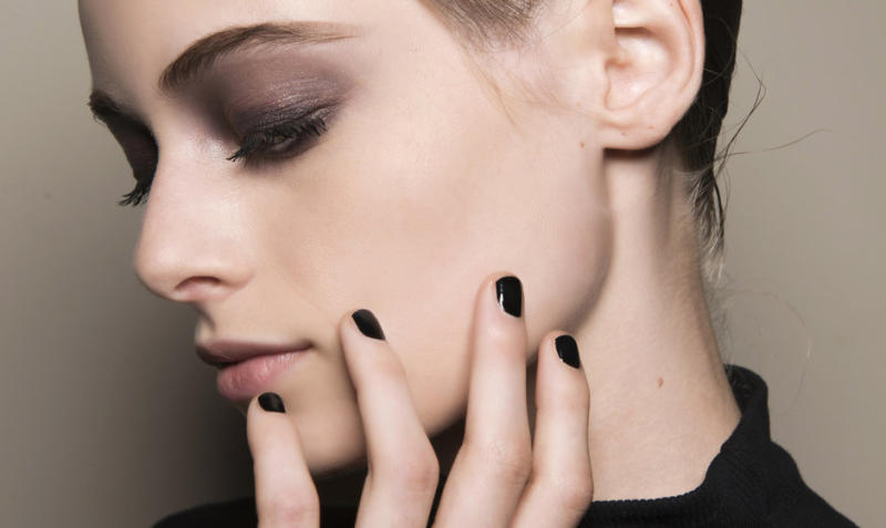 14 Dark and Clean Nail Polish Colors for a Moody Spring Aesthetic