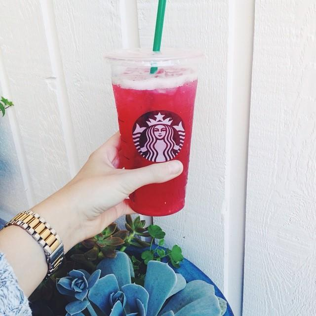 """<p><strong>Ingredients:</strong> </p><p>2 Tazo passion tea bags</p><p>4 cups of water</p><p>4 cups of lemonade</p><p><strong>Directions:</strong></p><p>Bring 4 cups of water to a boil to pour the hot water over the tea bags in a large pitcher. Steep the tea for around 5-10 minutes and then remove the tea bags. Fill the remainder of the pitcher with lemonade. Store in fridge till cool. <a href=""""https://copykat.com/"""" rel=""""nofollow noopener"""" target=""""_blank"""" data-ylk=""""slk:"""" class=""""link rapid-noclick-resp""""><em><br></em></a></p><p><em>Recipe from <a href=""""https://copykat.com/"""" rel=""""nofollow noopener"""" target=""""_blank"""" data-ylk=""""slk:Copykat Recipes."""" class=""""link rapid-noclick-resp"""">Copykat Recipes.</a> </em></p><p><a href=""""https://www.instagram.com/p/p0Bq8OK1v9/"""" rel=""""nofollow noopener"""" target=""""_blank"""" data-ylk=""""slk:See the original post on Instagram"""" class=""""link rapid-noclick-resp"""">See the original post on Instagram</a></p>"""