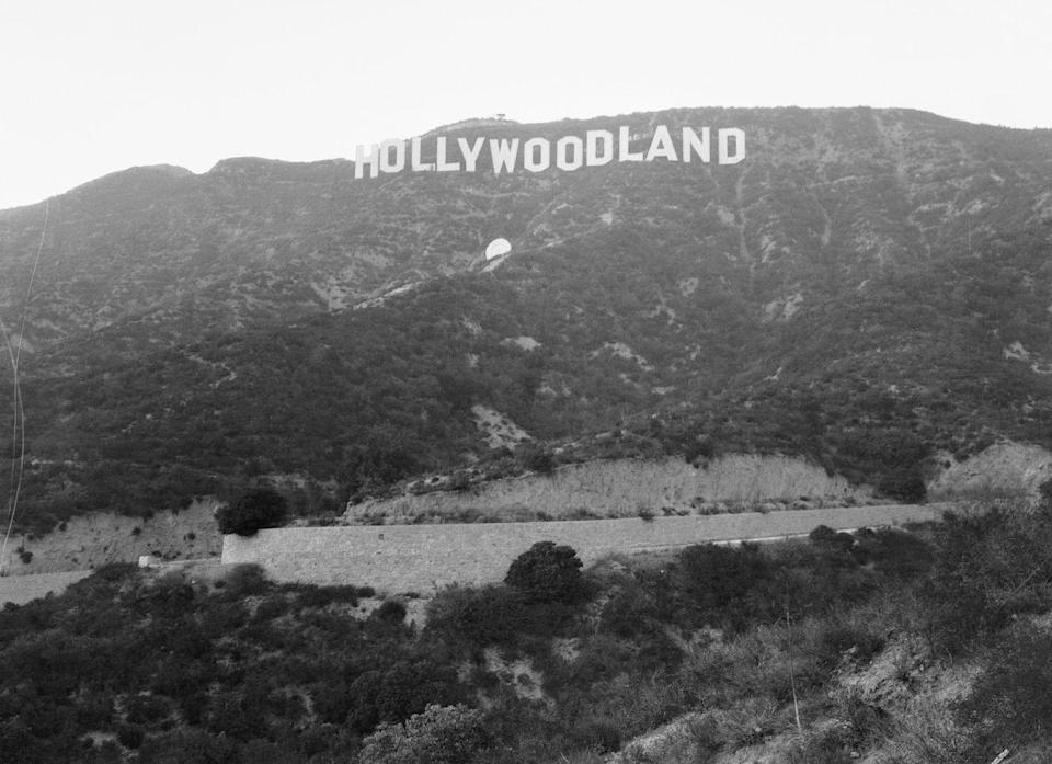 The True Story of Peg Entwistle, the Actress Who Jumped Off the 'Hollywoodland' Sign