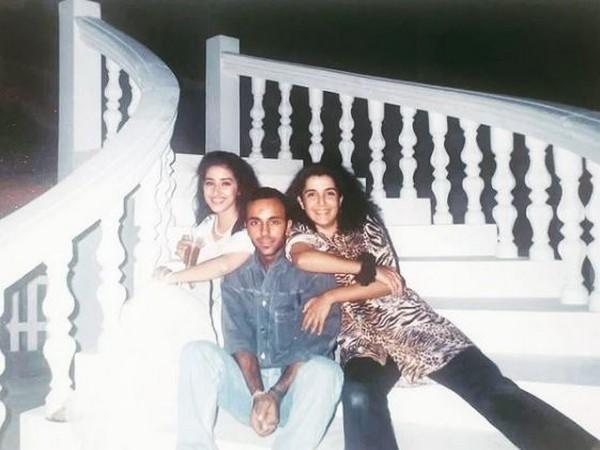 Throwback picture of Manisha Koirala, Vicky Chopra and Farah Khan from sets of 'Kuchh Na Kaho' song (Image source: Instagram)