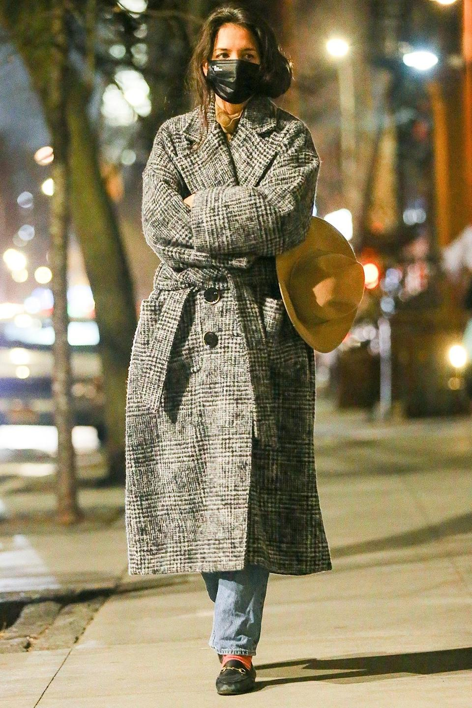 <p>Katie Holmes looked stylish as she kept warm during an evening stroll in New York City.</p>