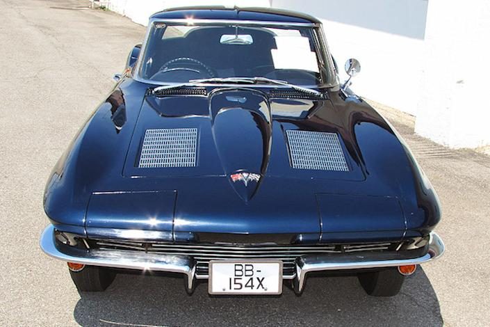 1963-corvette-right-hand-drive-02