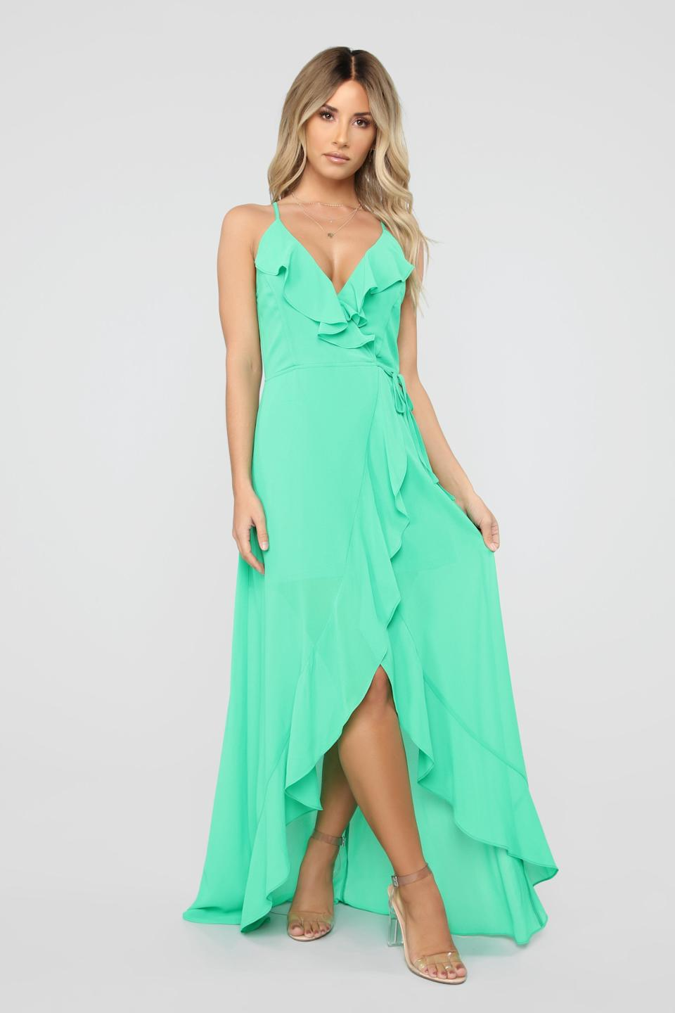 """<strong><a href=""""https://www.fashionnova.com/products/clear-my-schedule-chiffon-maxi-dress-hot-pink"""" target=""""_blank"""" rel=""""noopener noreferrer"""">Get the Fashion Nova chiffon maxi dress in green for $39.99.</a></strong>"""