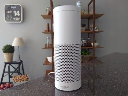 Amazon's Touch-Screen Smart Speaker Solves a Big Problem with AI Assistants