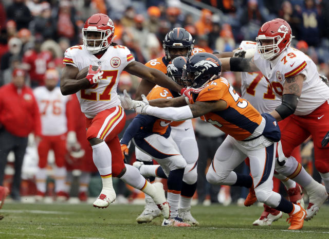 "<a class=""link rapid-noclick-resp"" href=""/nfl/teams/kan"" data-ylk=""slk:Kansas City Chiefs"">Kansas City Chiefs</a> running back <a class=""link rapid-noclick-resp"" href=""/nfl/players/30199/"" data-ylk=""slk:Kareem Hunt"">Kareem Hunt</a> could disappoint coming off a two-touchdown performance. (AP Photo/Jack Dempsey)"