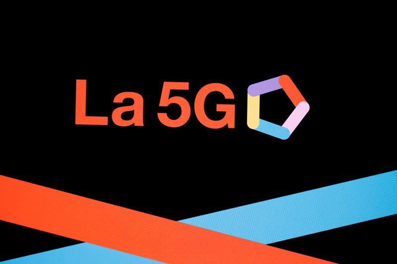 France launches procedure for 5G licences