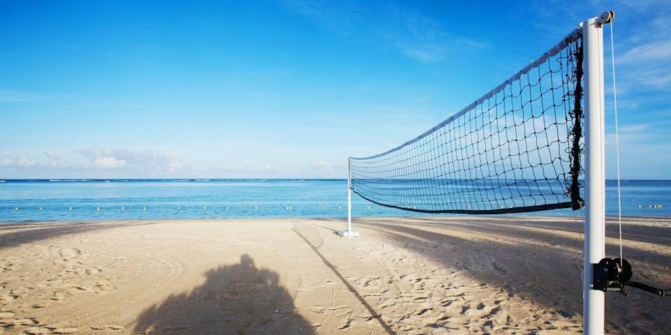 """<p><strong>Best for Beach Volleyball</strong></p><p>This <a href=""""https://www.californiabeaches.com/southern/los-angeles-county/long-beach/"""" rel=""""nofollow noopener"""" target=""""_blank"""" data-ylk=""""slk:super wide beach"""" class=""""link rapid-noclick-resp"""">super wide beach</a> (not to be confused with nearby Alamitos Bay Beach) is a scenic spot to catch to some rays, but if you're feeling active, you can also play some beach volleyball. Long Beach is one of SoCal's top beach volleyball spots (Olympic gold medal-winning player Misty May-Treanor is a longtime resident).<br></p><p><strong><em>Where to Stay: </em></strong><a href=""""https://go.redirectingat.com?id=74968X1596630&url=https%3A%2F%2Fwww.tripadvisor.com%2FHotel_Review-g32648-d218748-Reviews-The_Westin_Long_Beach-Long_Beach_California.html&sref=https%3A%2F%2Fwww.redbookmag.com%2Flife%2Fg37132327%2Ftop-california-beach-vacations%2F"""" rel=""""nofollow noopener"""" target=""""_blank"""" data-ylk=""""slk:The Westin Long Beach"""" class=""""link rapid-noclick-resp"""">The Westin Long Beach</a>, <a href=""""https://go.redirectingat.com?id=74968X1596630&url=https%3A%2F%2Fwww.tripadvisor.com%2FHotel_Review-g32648-d77617-Reviews-Hilton_Long_Beach-Long_Beach_California.html&sref=https%3A%2F%2Fwww.redbookmag.com%2Flife%2Fg37132327%2Ftop-california-beach-vacations%2F"""" rel=""""nofollow noopener"""" target=""""_blank"""" data-ylk=""""slk:Hilton Long Beach"""" class=""""link rapid-noclick-resp"""">Hilton Long Beach</a></p>"""