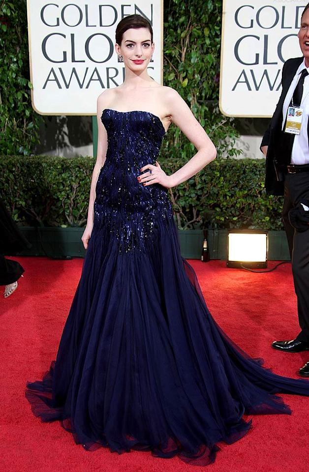 """Anne Hathaway's performance in """"Rachel Getting Married"""" was marvelous, but her Swarovski crystal-encrusted Armani Prive gown was far from fabulous. Frazer Harrison/<a href=""""http://www.gettyimages.com/"""" target=""""new"""">GettyImages.com</a> - January 11, 2009"""