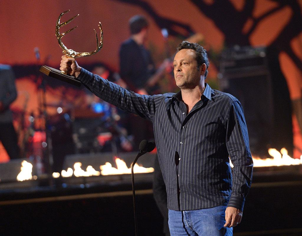 CULVER CITY, CA - JUNE 08:  Actor Vince Vaughn accepts award onstage during Spike TV's Guys Choice 2013 at Sony Pictures Studios on June 8, 2013 in Culver City, California.  (Photo by Jason Kempin/Getty Images for Spike TV)