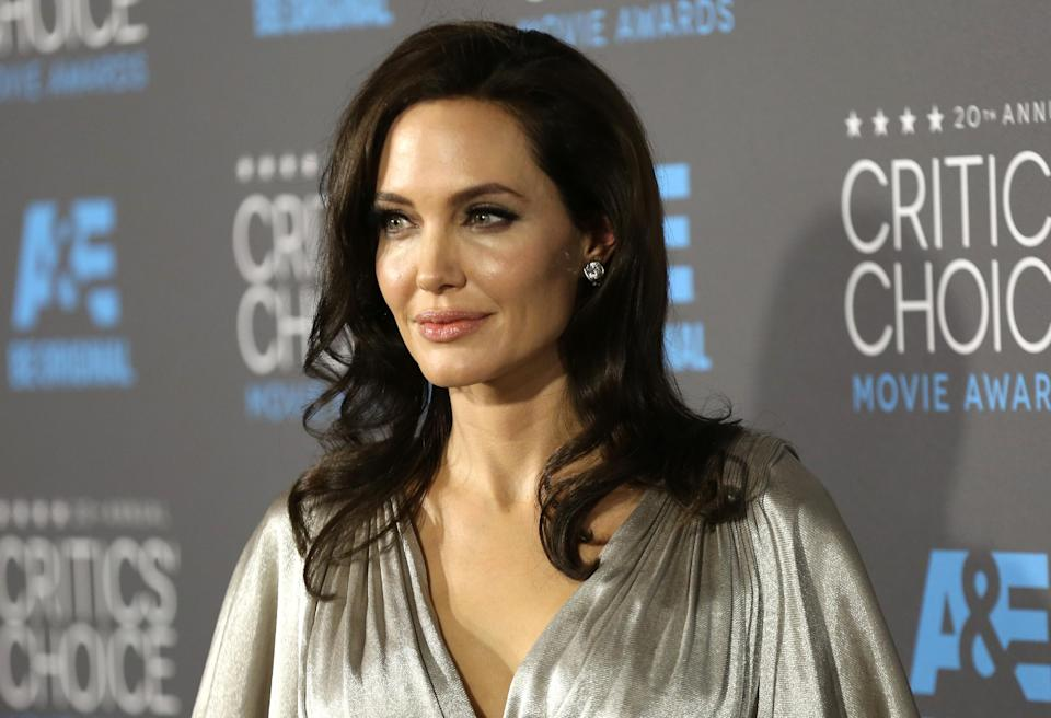 Angelina Jolie Reveals She Got a Double Mastectomy for Her