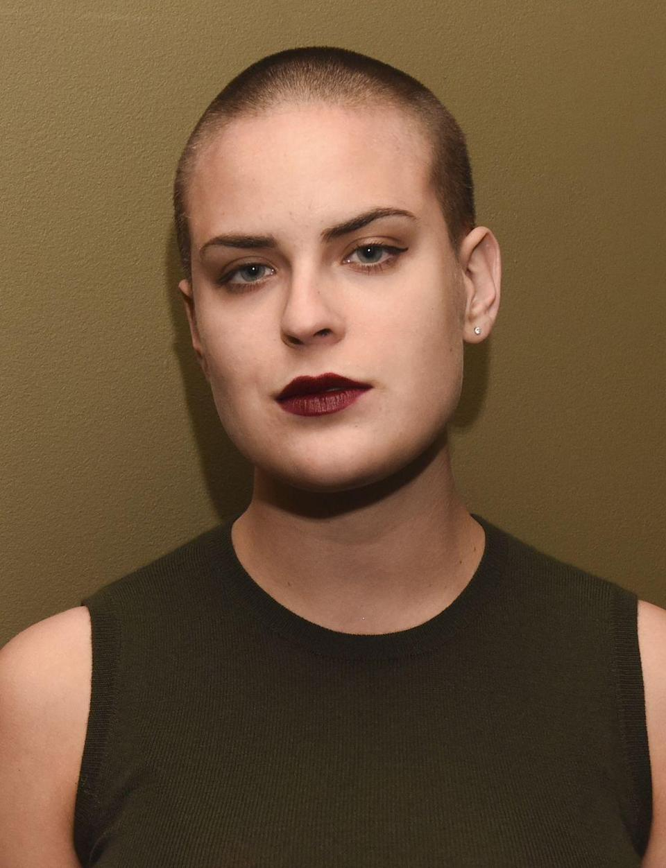 <p>When the first lockdown arrived, Tallulah Willis followed in her mother's footsteps and shaved her own head at home. </p>