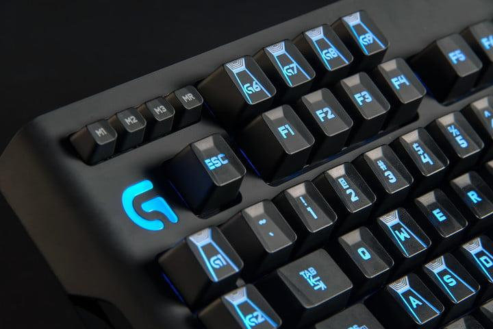 This Logitech G910 mechanical gaming keyboard gets an $80