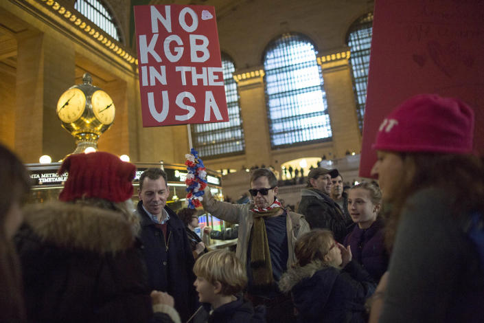 <p>Demonstrators congregate inside Grand Central Terminal during a women's march, Saturday, Jan. 21, 2017, in New York. The march is being held in solidarity with similar events taking place in Washington and around the nation. (AP Photo/Mary Altaffer) </p>