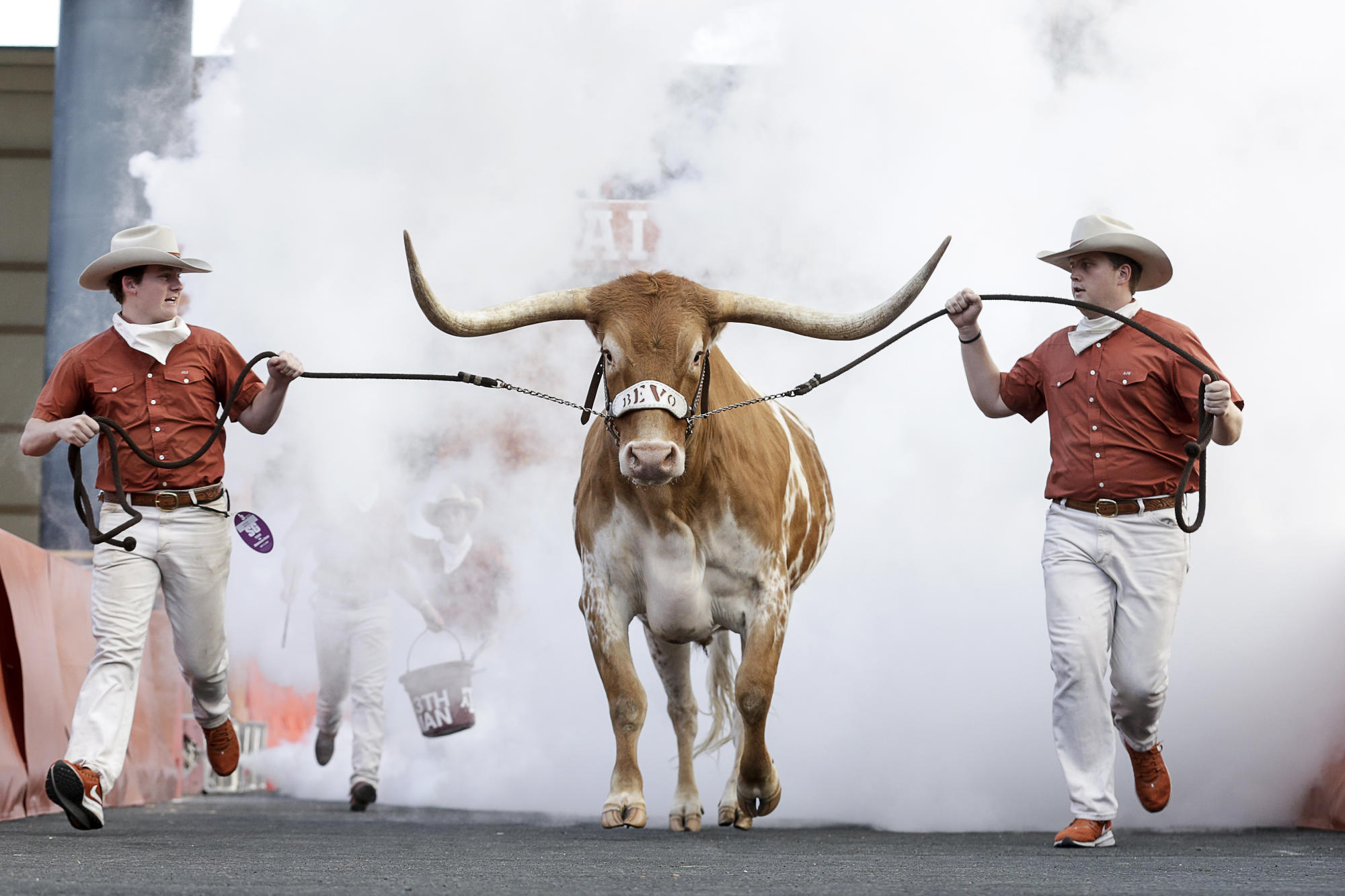 Why Texas should go independent, not to the SEC