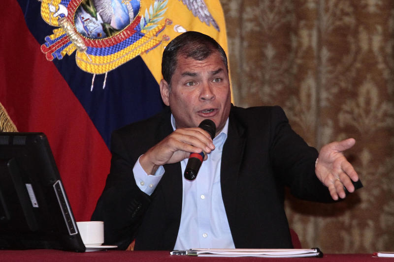 Ecuadorean President Rafael Correa speaks during a meeting with foreign correspondents at the Carondelet presidential palace in Quito, on June 4, 2014