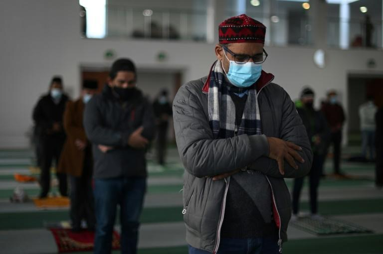British imams hope they can dispel vaccine fears among the Muslim faithful