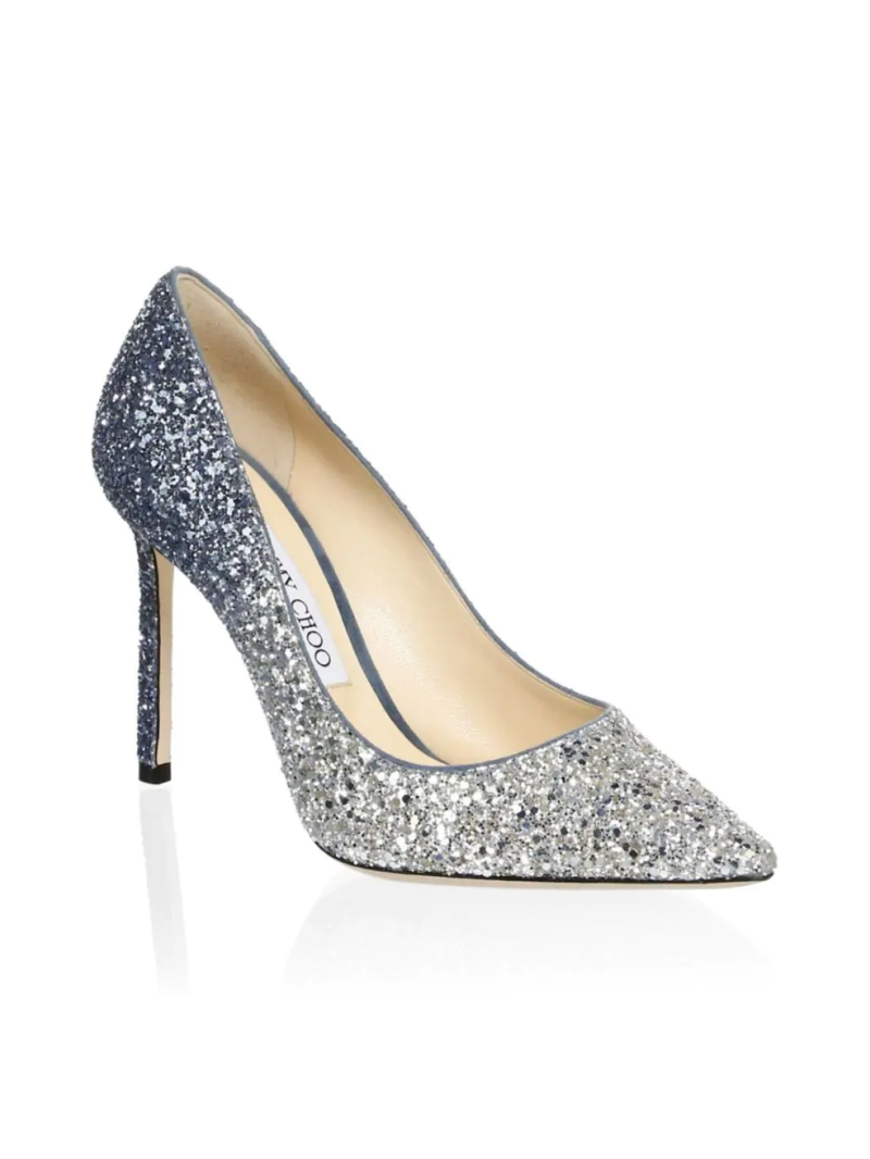 Jimmy Choo Romy Glitter Pumps. Foto: Saks Fifth Avenue)