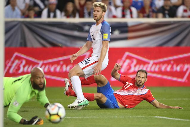 "It was a rought night for Tim Ream (14), <a class=""link rapid-noclick-resp"" href=""/soccer/players/tim-howard/"" data-ylk=""slk:Tim Howard"">Tim Howard</a> (bottom left) and the U.S. national team. (Getty)"