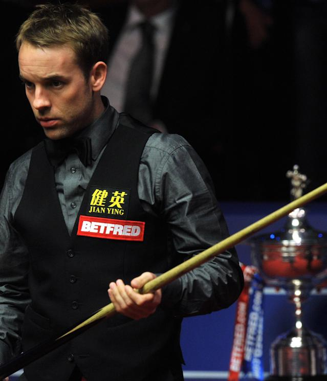 Ali Carter of England plays a shot during the second session of the World Championship Snooker final against Ronnie O'Sullivan of England at the Crucible Theatre in Sheffield, on May 7, 2012. AFP PHOTO/PAUL ELLISPAUL ELLIS/AFP/GettyImages