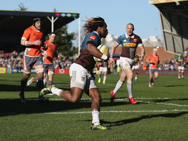 Marland Yarde runs in for Harlequins' fourth try (Getty)