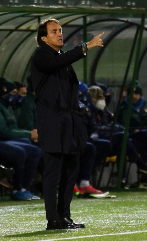 Roberto Mancini extended his unbeaten run with Italy to 25 games.