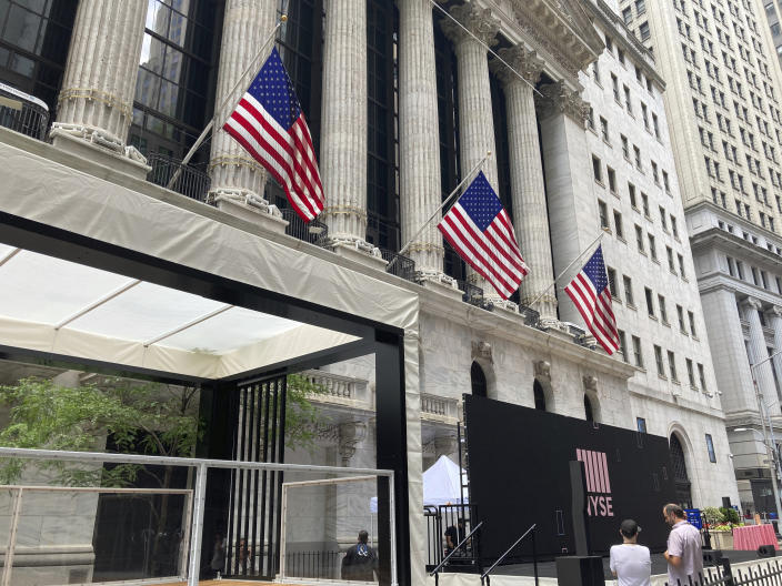 Photo by: STRF/STAR MAX/IPx 2021 6/7/21 Atmosphere in and around Wall Street in New York City.
