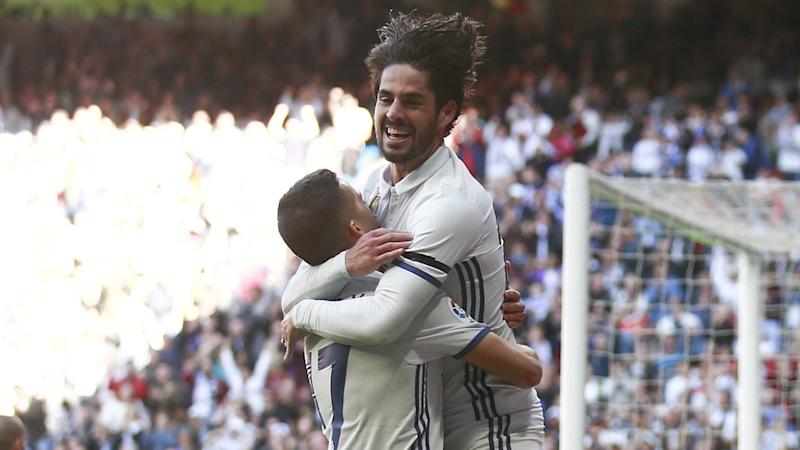'Real Madrid need Isco's magic' - Casilla talks up playmaker amid Barcelona transfer talk