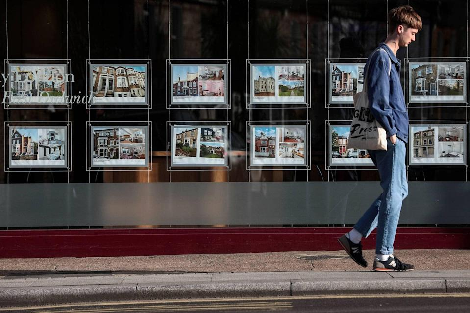 <p>Some agents returned Covid support as business bounced back. Not Foxtons.</p> (Bloomberg)