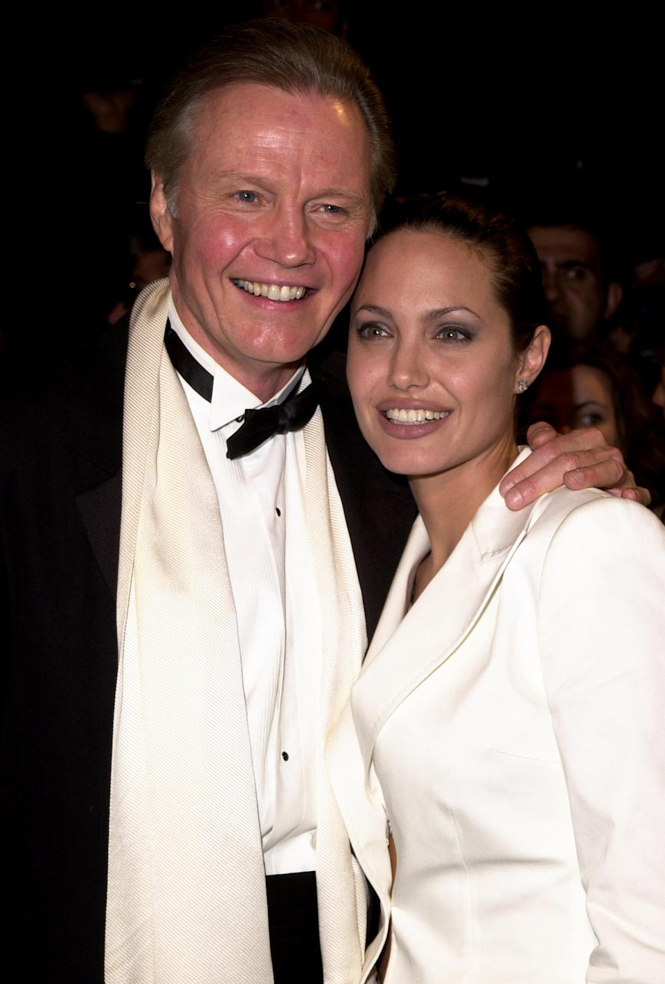Jon Voight and Angelina Jolie at the Academy Awards in 2001. (Photo: Jeff Vespa/WireImage)