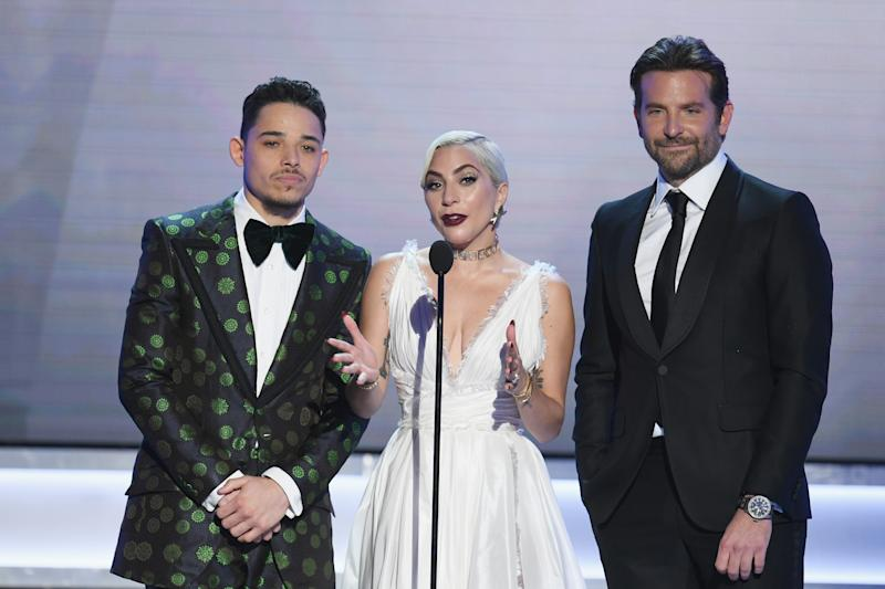 LOS ANGELES, CA - JANUARY 27: (L-R) Anthony Ramos, Lady Gaga, and Bradley Cooper speak onstage during the 25th Annual Screen Actors Guild Awards at The Shrine Auditorium on January 27, 2019 in Los Angeles, California. 480493 (Photo by Kevin Winter/Getty Images for Turner)