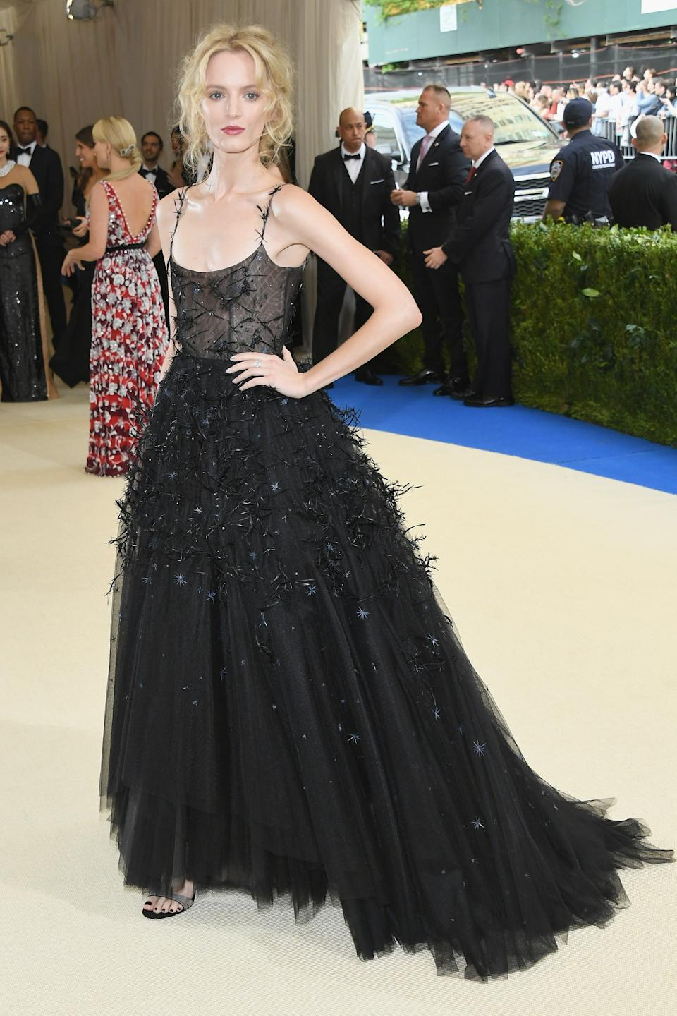"""<h1 class=""""title"""">Daria Strokous in Christian Dior</h1><cite class=""""credit"""">Photo: Getty Images</cite>"""